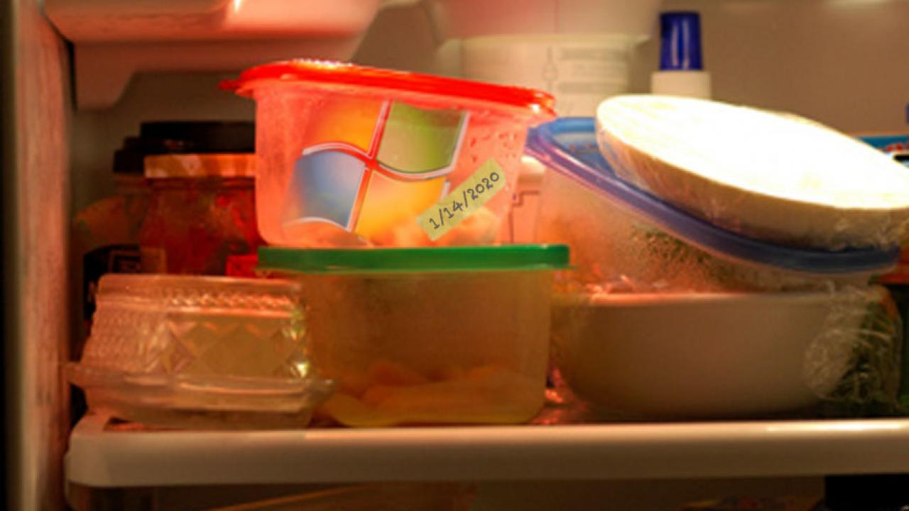 Image of Windows 7 as leftovers in a refrigerator